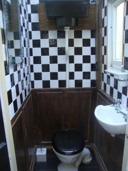 PMH Installations - Bathroom Photograph no. 4